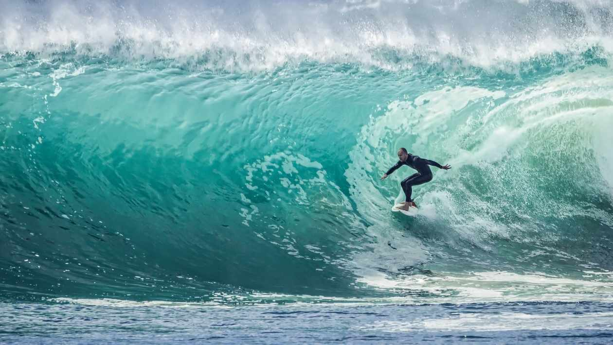 Types of Surfboards With Complete Buying Guide for Beginners or Experts